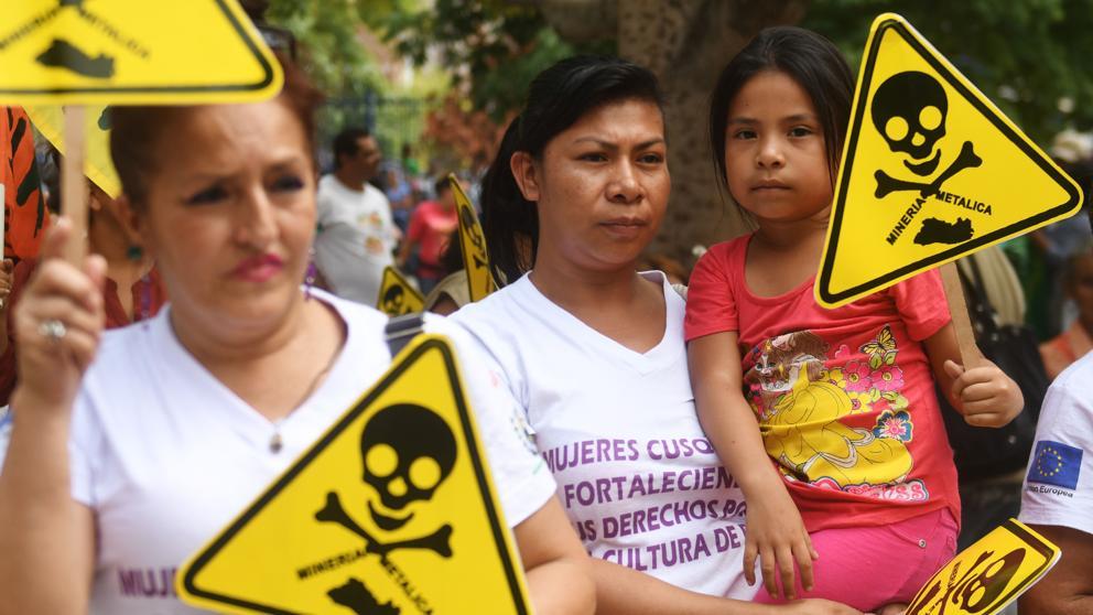 El Salvador, primer país del mundo en prohibir la minería metálica