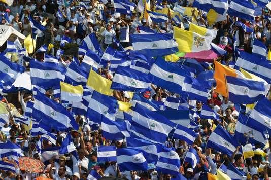 Tensions au Nicaragua: points de vue et analyses (dossier Fr-Esp)