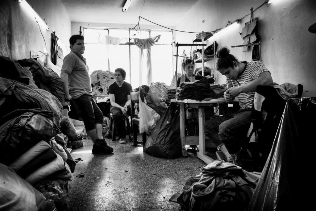 Hecho en Argentina : Visite photographique d'un atelier souterrain du textile argentin