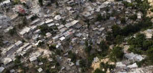 2010_Haiti_earthquake_damages-660x315