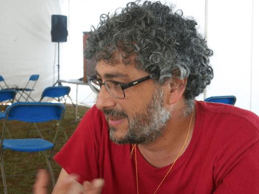 Gustavo Castro es víctima, no presunto implicado