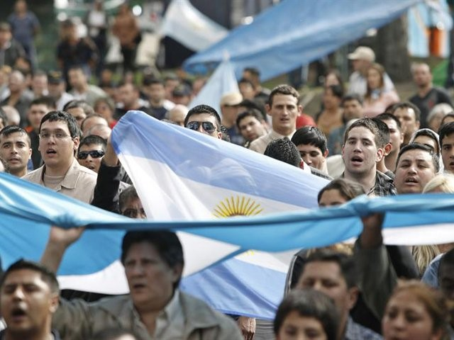 Argentine: Campagne de solidarité internationale avec les travailleur-se-s de Bauen contre le veto et pour l'expropriation