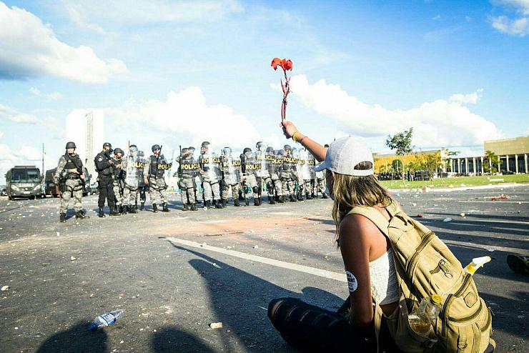 Brésil : dix paysans sans terre tués par la police