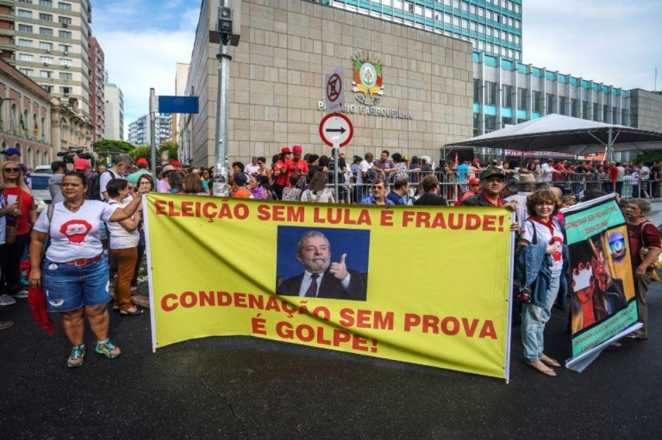 Condamnation de Lula : « Une justice arbitraire pour le seul profit d'un projet politique antisocial et inégalitaire » (Tribune collective publiée par Autres Brésils, Mediapart et Bastamag)