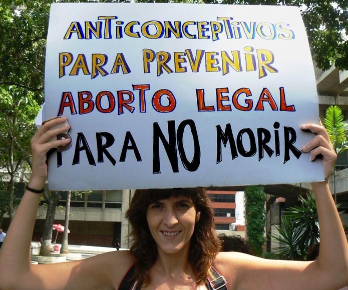 Les femmes d'Amérique centrale confrontées aux dures lois anti-IVG (AFP)