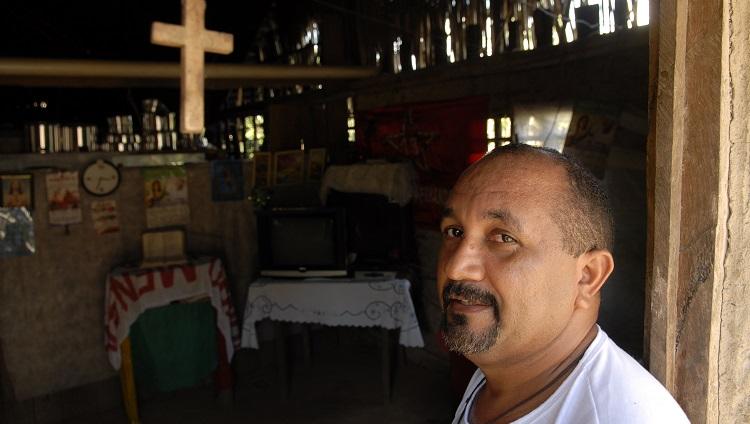 Au Brésil, le père José Amaro défenseur des sans-terres est jeté en prison (Jean-Claude Gerez/ CCFD-Terre Solidaire)