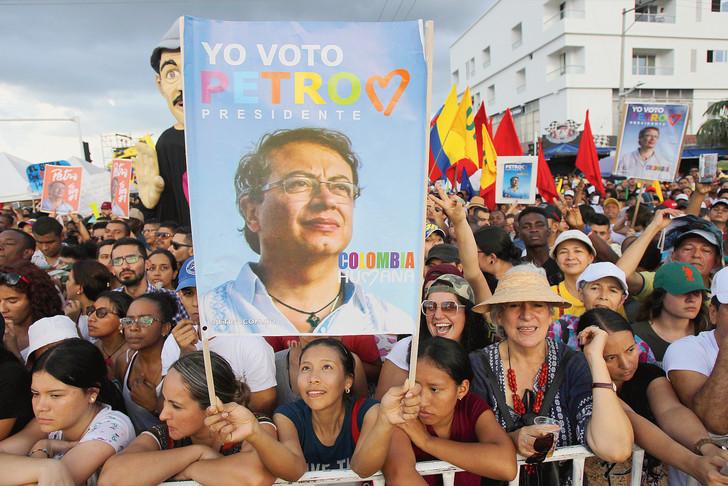 En Colombie, le tribun de gauche crée la surprise (Anne Proenza/Libération)