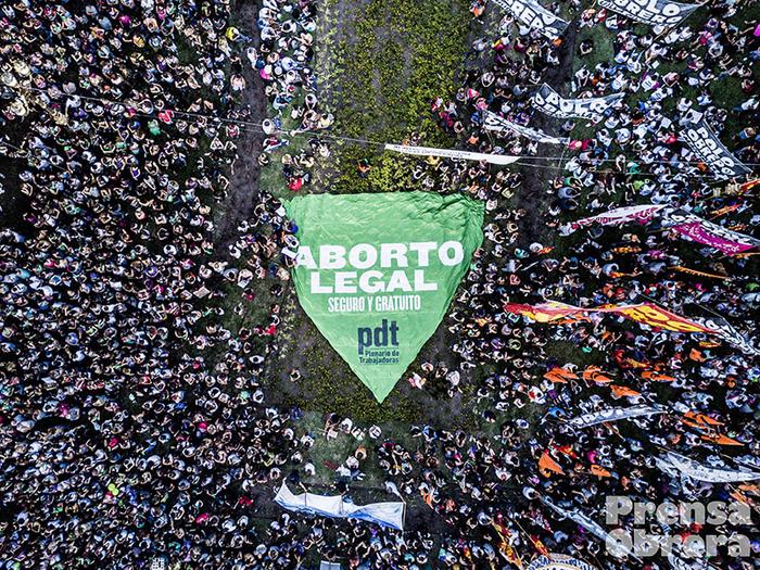 Argentine : Sur le point d'autoriser l'avortement, mais que font ses voisins? (Julien Prouvoyeur/Libération)/ Vidéos