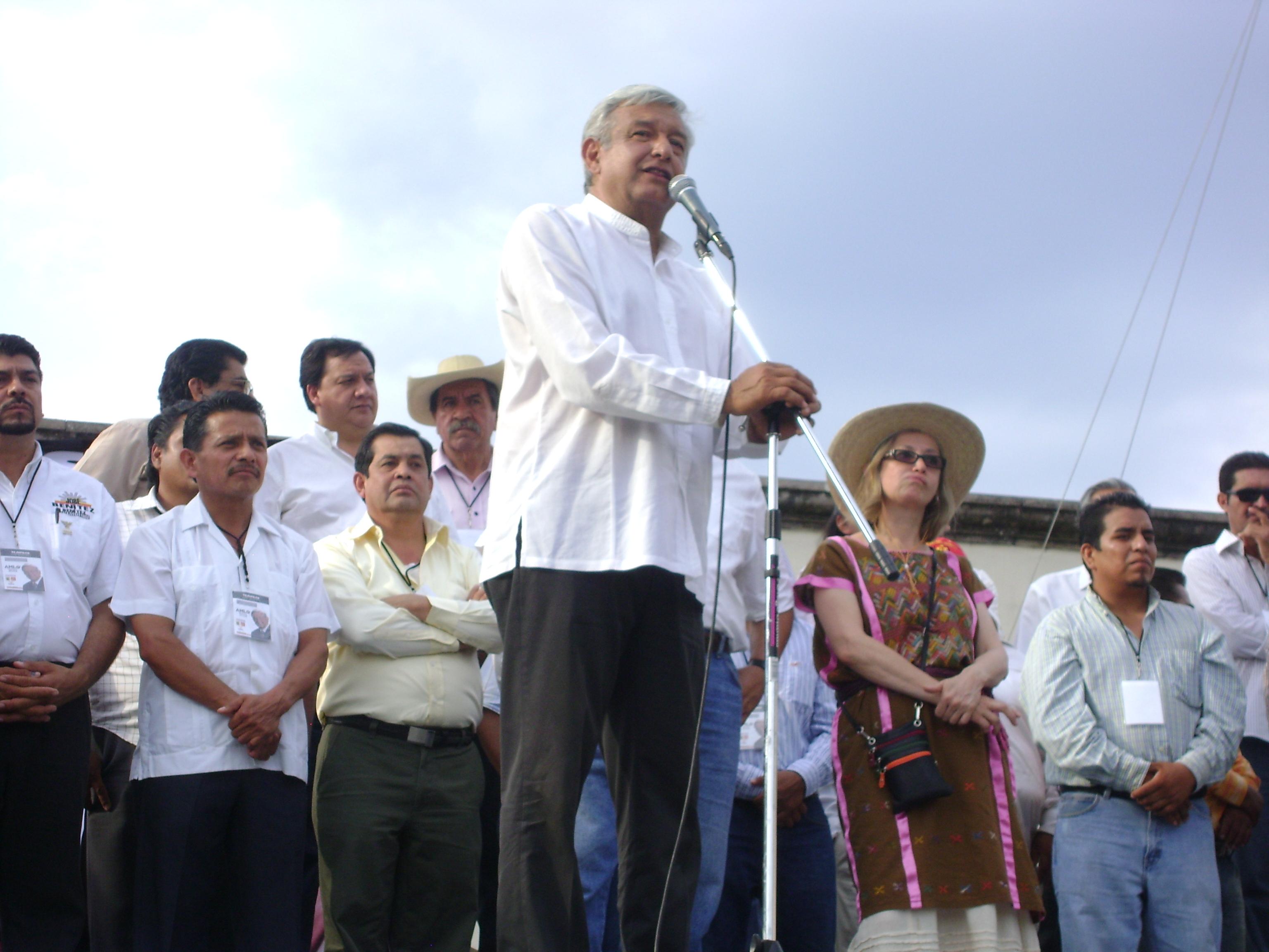 López Obrador, le «Bernie Sanders mexicain» en pleine ascension (Emmanuelle Steels/ Libération)