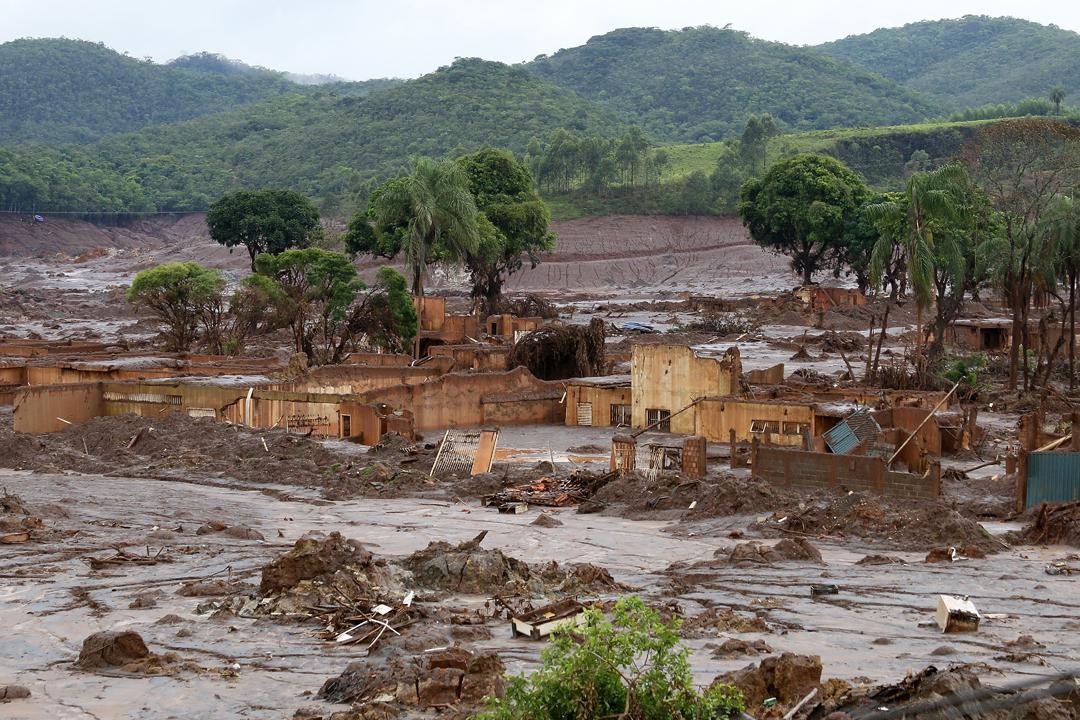 Désastre de Mariana au Brésil : Non à l'impunité des multinationales ! (vidéo de France Amérique Latine/ Dossier France 24)
