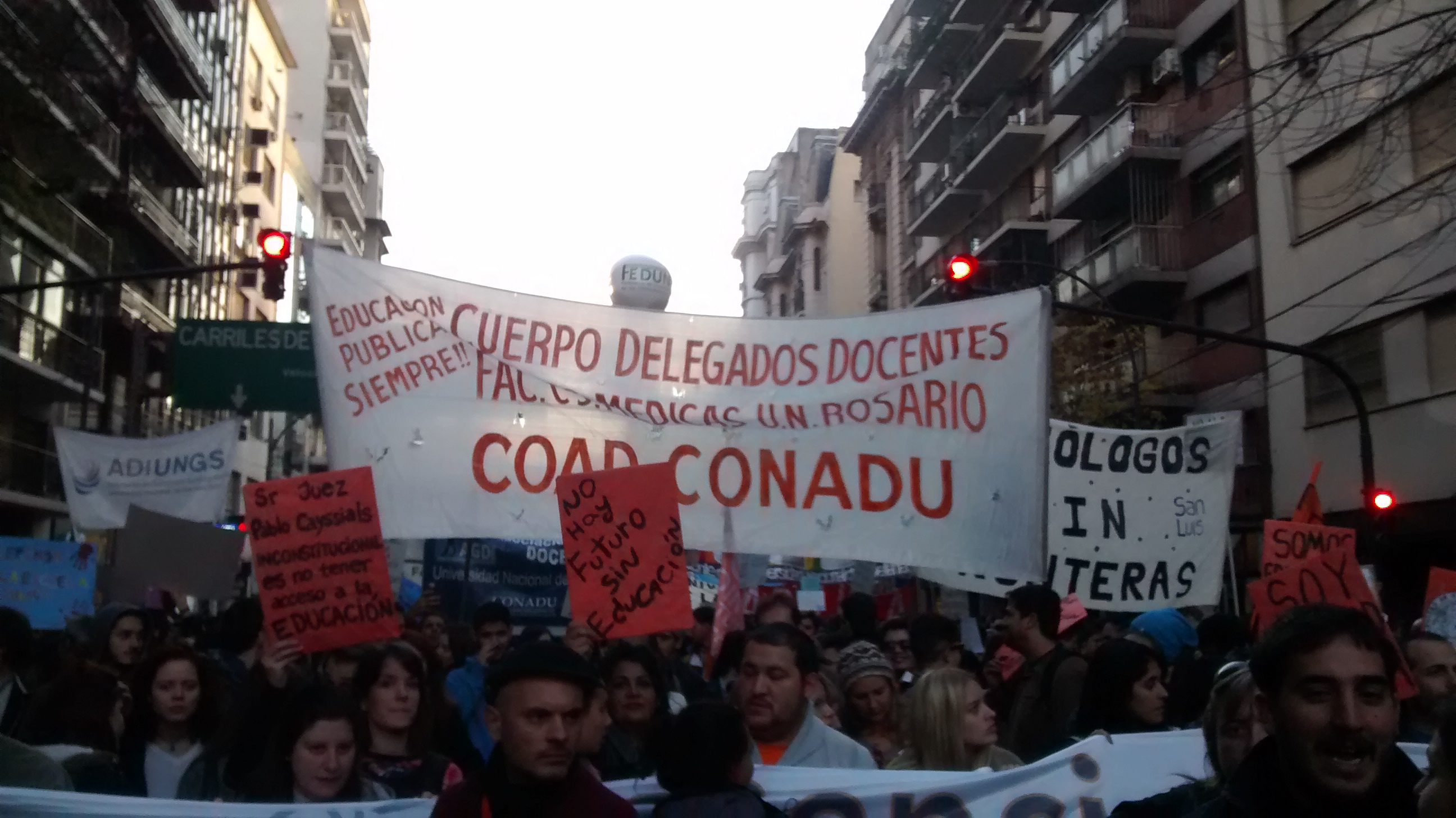 Argentine. Les étudiants se mobilisent contre les politiques d'austérité du gouvernement (Arthur Nicola/Révolution Permanente)