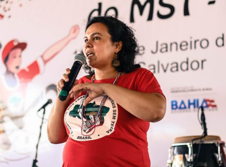 Brésil: La dangereuse relation entre agrobusiness et industrie culturelle (Michele Carvalho/Brasil de Fato)