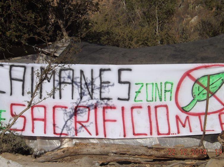 Au Chili, un monstre de déchets miniers détruit la vie et l'agriculture locales (Elif Karakartal / Reporterre)