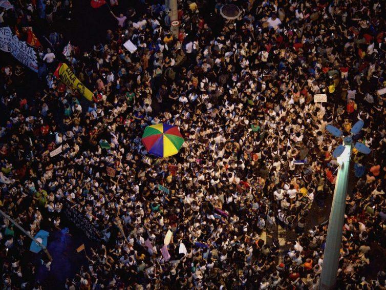 Brésil : les universités lancent la riposte contre Jair Bolsonaro (Chantal Rayes pour Libération)