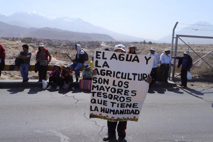 Au Pérou, les paysans se liguent contre des projets miniers destructeurs (Estelle Pereira / Reporterre)