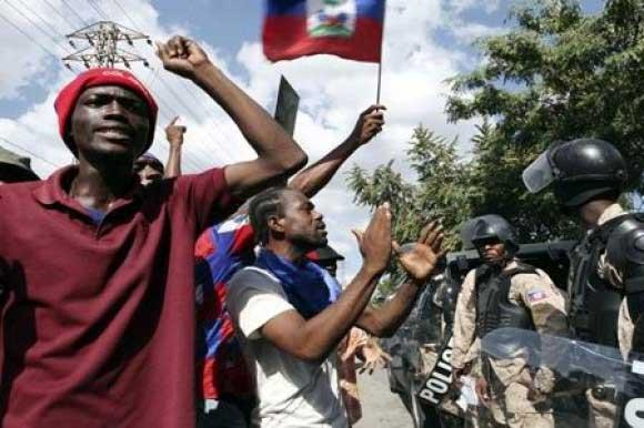 Haïti La fronde sociale continue  (Frédéric Thomas, Léo Ruffieux / Centre Tricontinental)