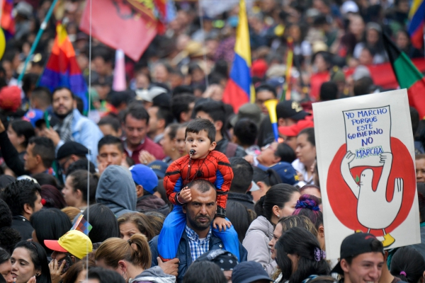 Un vent de dégagisme secoue l'Amérique latine (interview de Christophe Ventura par Angelique Schaller/ La Marseillaise)