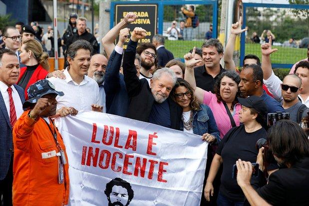 Lula libre ! (Cathy Dos Santos – L'Humanité / Le Vif – AFP)
