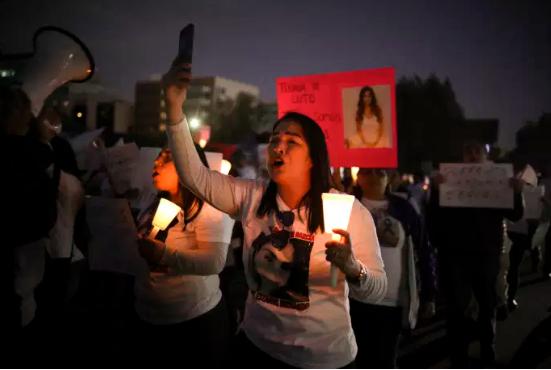 La mort d'Ingrid Escamilla, tuée et mutilée par son compagnon, provoque la colère des Mexicaines (Frédéric Saliba/Le Monde)