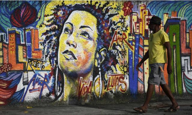 Nous devons savoir « qui est au pouvoir » (Autres Brésils/ traduction Philippe Adon)