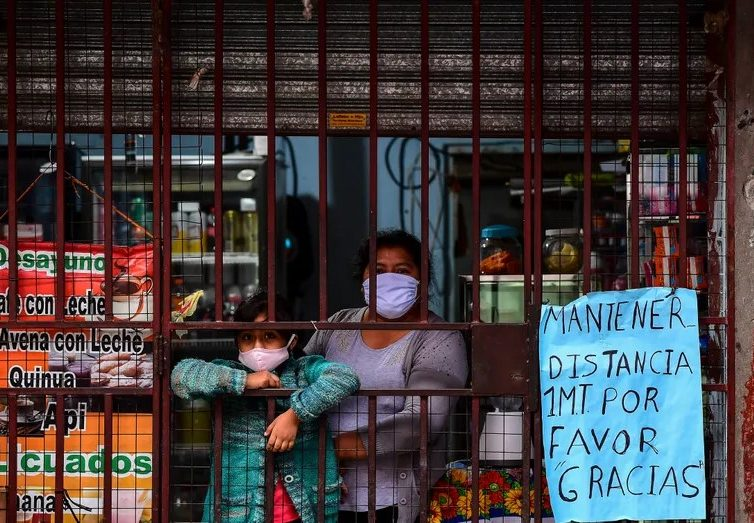 Argentine, Brésil, Liban, Iran… quand la crise du Covid-19 s'ajoute à la crise (Marie Viennot/ France Culture)