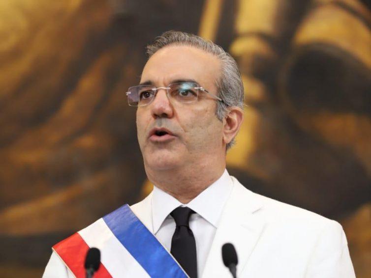 Luis Abinader dévoile ses plans pour les sans-papiers haïtiens voulant se rendre en République dominicaine (Patrick Saint-Pré / Le Nouvelliste)