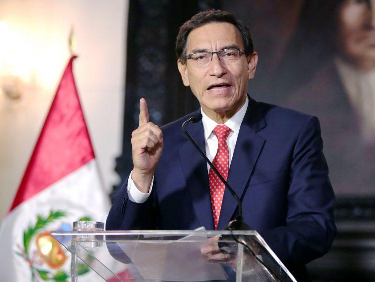 Au Pérou, le Parlement déclenche une procédure de destitution du président Vizcarra (Le Monde / AFP)