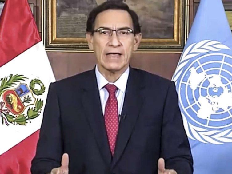 Au Pérou, le Parlement tente à nouveau de destituer Martin Vizcarra (Le Monde / AFP)