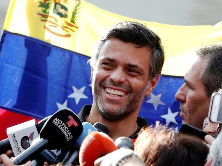 Venezuela: l'opposant Leopoldo López se réfugie en Espagne (RFI)