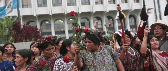 Guatemala: le congrès annule «l'incendiaire» budget 2021 après des jours de manifestations (Nicolás Bonilla Clavijo / Espaces Latinos)