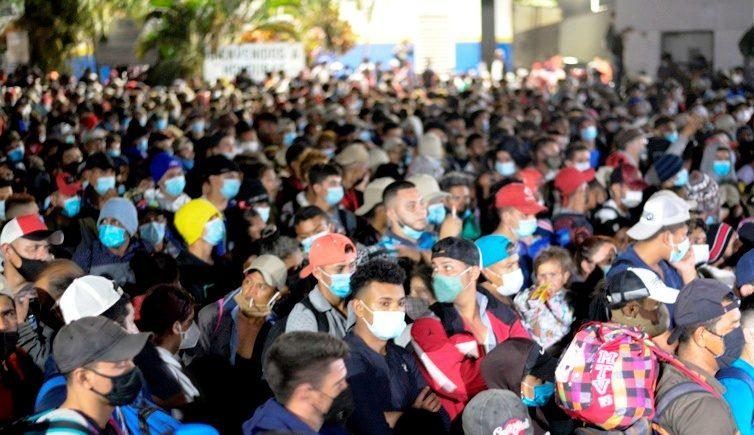 Les migrants partis du Honduras atteignent le Guatemala (Edgar Calderón / AFP/ La Presse)