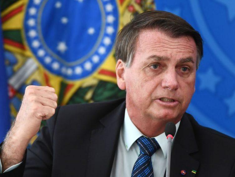 Brésil: «Jair Bolsonaro est dans le déni total de la réalité de la gravité de la pandémie» (interview de Armelle Enders par Florent Guignard / RFI)