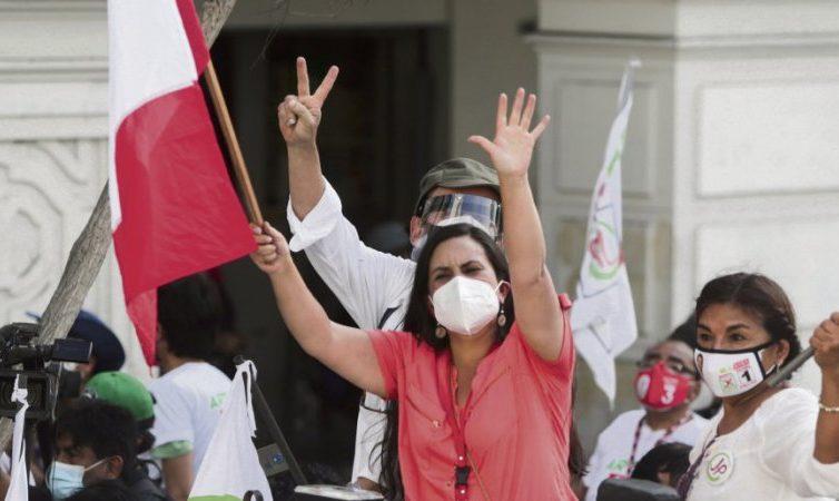 Pérou: premier tour électoral dimanche 11 avril en pleine crise sanitaire (revue de presse)