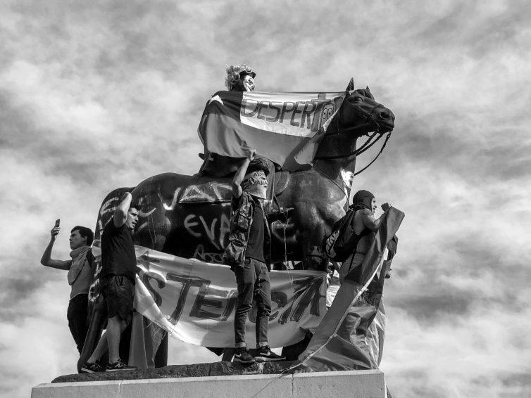Chili: l'irruption du pouvoir constituant des peuples (Pablo Abufom Silva / Contretemps)