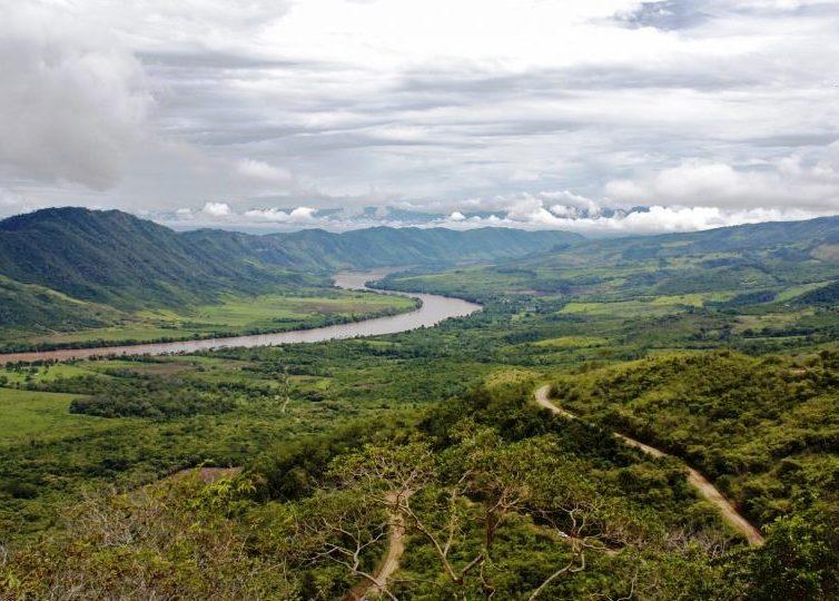 Bloc 28 : l'exploitation pétrolière qui menace l'Amazonie équatorienne (Andrés Tapia / Planète Amazone)