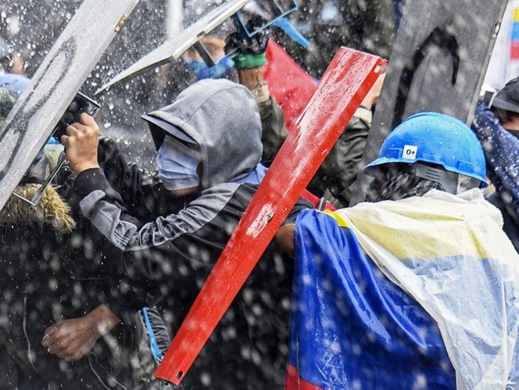 La Colombie en flammes : la fin du néolibéralisme sera violente (Boaventura de Sousa Santos / Contretemps)