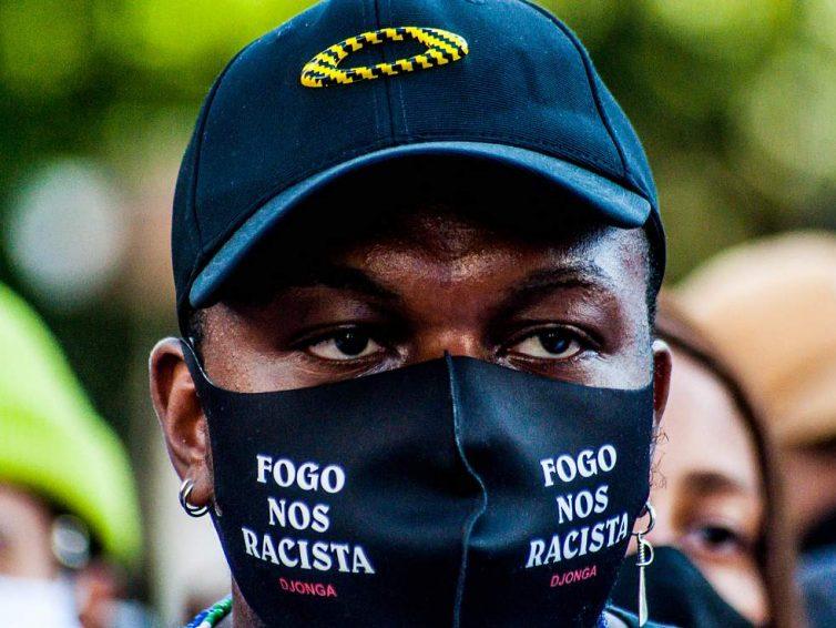 Au Brésil, l'un des pays dont la police tue le plus au monde, les mères des quartiers pauvres s'organisent (Juliette Rousseau, Sarah Benichou / Bastamag)