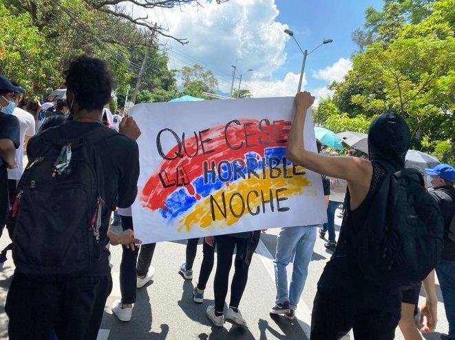 En Colombie, «un peuple se réveille d'une longue nuit» (Jean-Baptiste Boissy / Blog Médiapart)