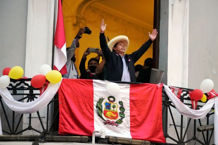 Dix jours après le scrutin, pourquoi le Péroun'a-t-il toujours pas de président ? (Caroline Vinet / La Croix)
