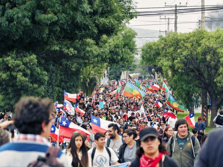 Chili: «Cette grande révolte a élargi le champ des possibles.» (Entretien avec Franck Gaudichaud / Joakim Martins – Pages de gauche)