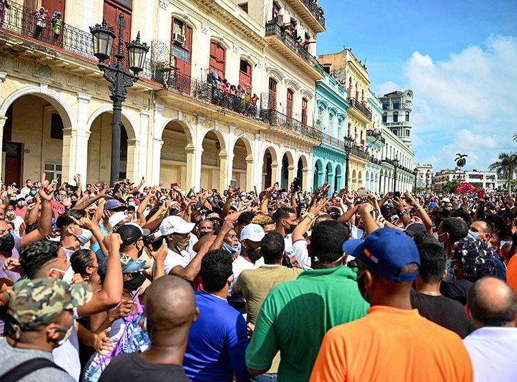 Manifestations à Cuba (revue de presse)