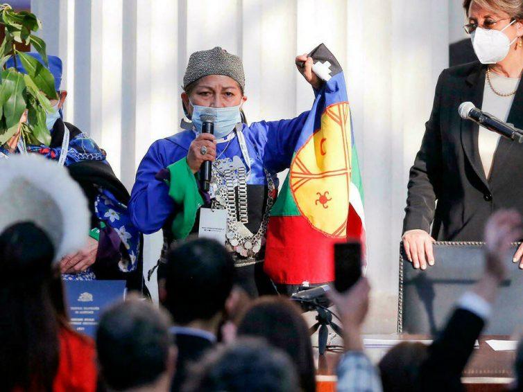 Chili. La nouvelle Constituante sera dirigée par une femme issue des peuples autochtones (article de Juan Carlos Ramírez Figueroa – La Jornada – Traduction Venesol / discours en espagnol -vidéo)