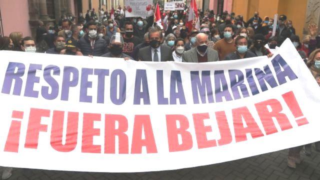 Pérou : offensive de la droite et démission du ministre des Affaires étrangères (Carlos Noriega – Página 12 – traduction Venesol /  Gaël De Santis – L'Humanité)