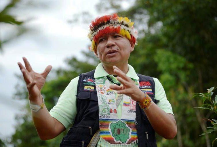 """La destruction de l'Amazonie provoquerait une """"apocalypse"""" mondiale (interview de Gregorio Mirabal par Santiago Piedra Silvia / AFP / TV5 Monde)"""