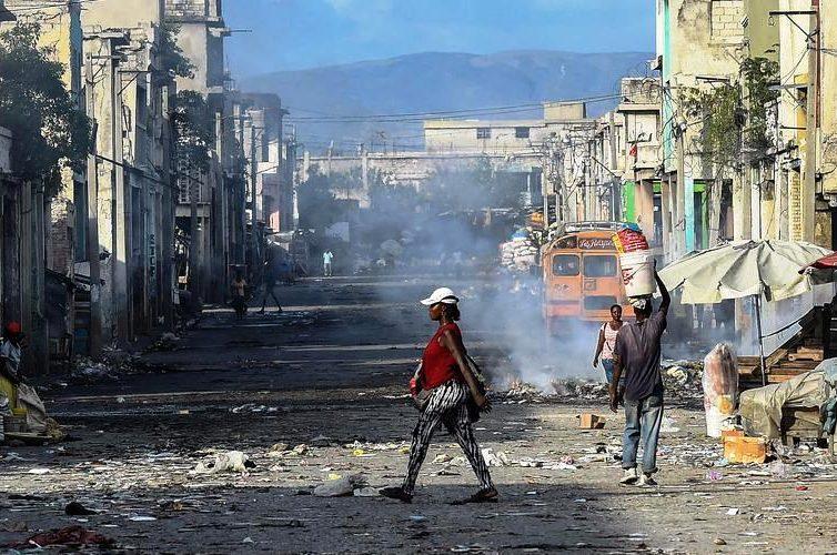 Haïti: «Tant qu'on laissera l'impunité et l'insécurité se développer, aucune issue n'est possible» (interview de Frédéric Thomas par Jean-Baptiste Marot / RFI)
