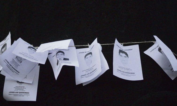Répression. Ils réclament «vérité et justice», de Paris au Chiapas (Rosa Moussaoui / L'Humanité)